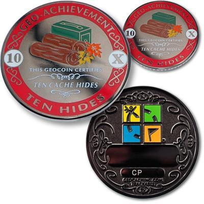 10 Hides Geocoin + odznak + krabička - 1