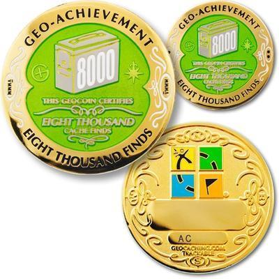 8000 Finds Geocoin + odznak + krabička - 1