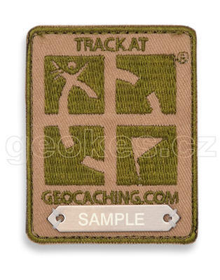 Trackovací nášivka s logem Geocaching - hnědá