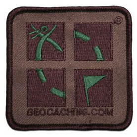 Nášivka s logem Geocaching - camo