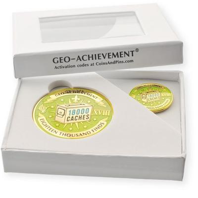 18000 Finds Geocoin + odznak + krabička - 2