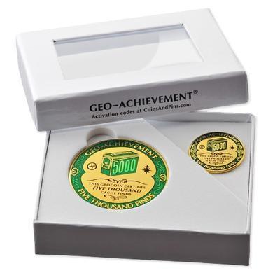 5000 Finds Geocoin + odznak + krabička - 2